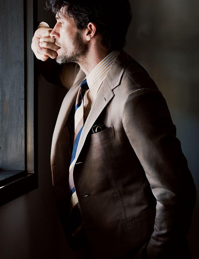 仕事のスイッチを入れてくれるのがスーツ。身が引き締まります。 鈴木啓太